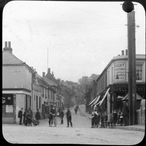 Crayford High Street, c.1920 | Bexley Local Studies & Archive Centre