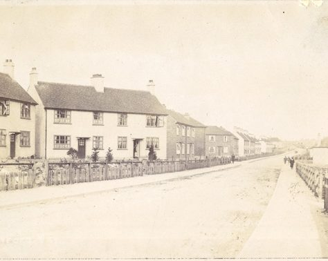 Crayford Way, c.1915 | Bexley Local Studies & Archive Centre