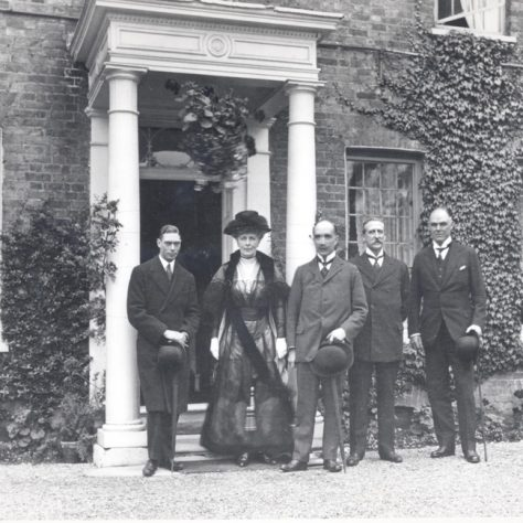 VIPs including Prince Albert outside Shenstone House, Crayford 1919